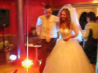 как классно)))прикол на свадьбе